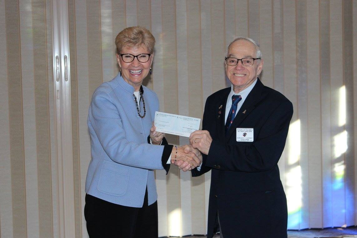 Knights of Columbus – Holy Trinity Council 9990 makes donation