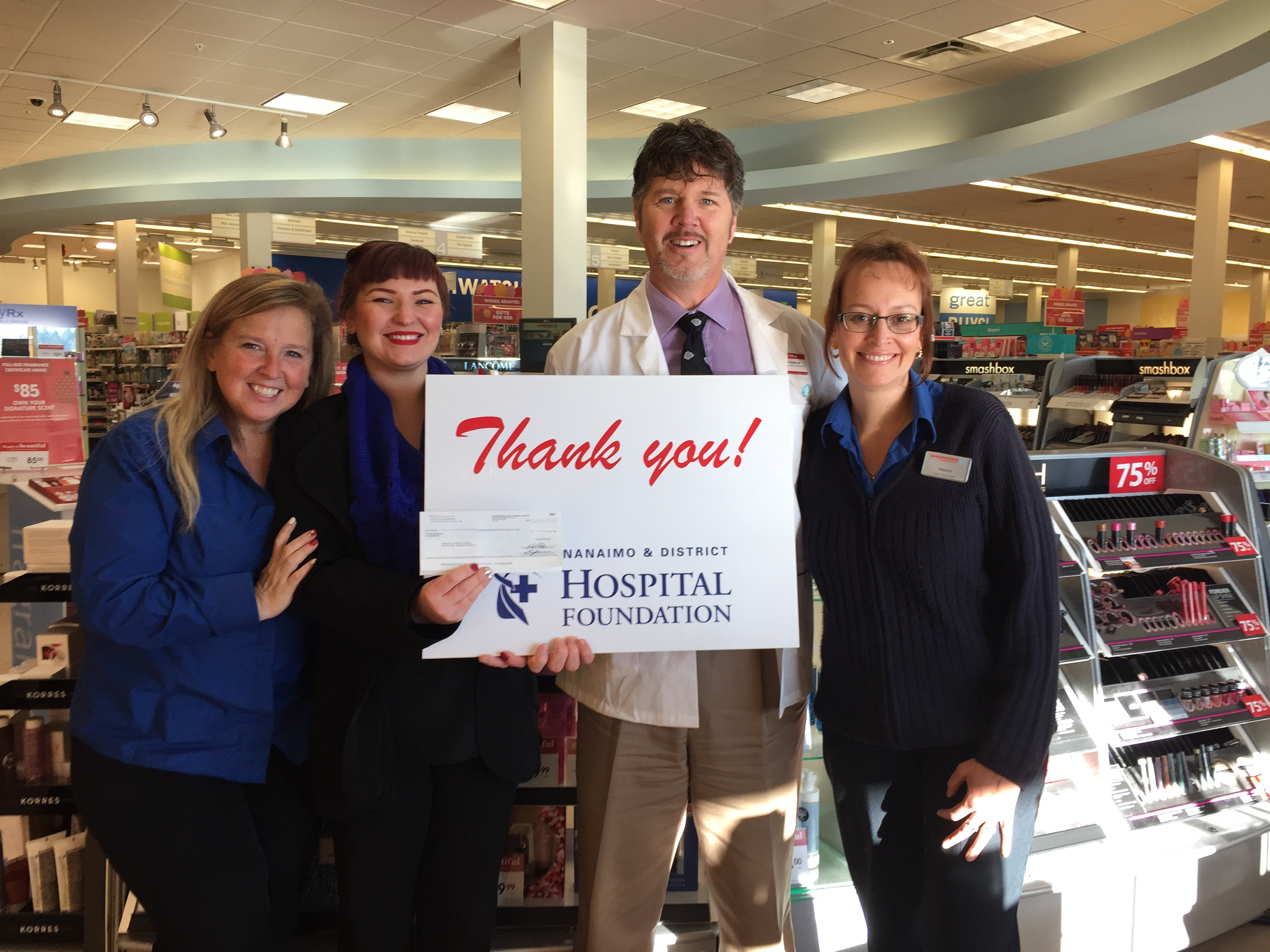 Shoppers Drug Mart – Country Club raises more than $5815.00