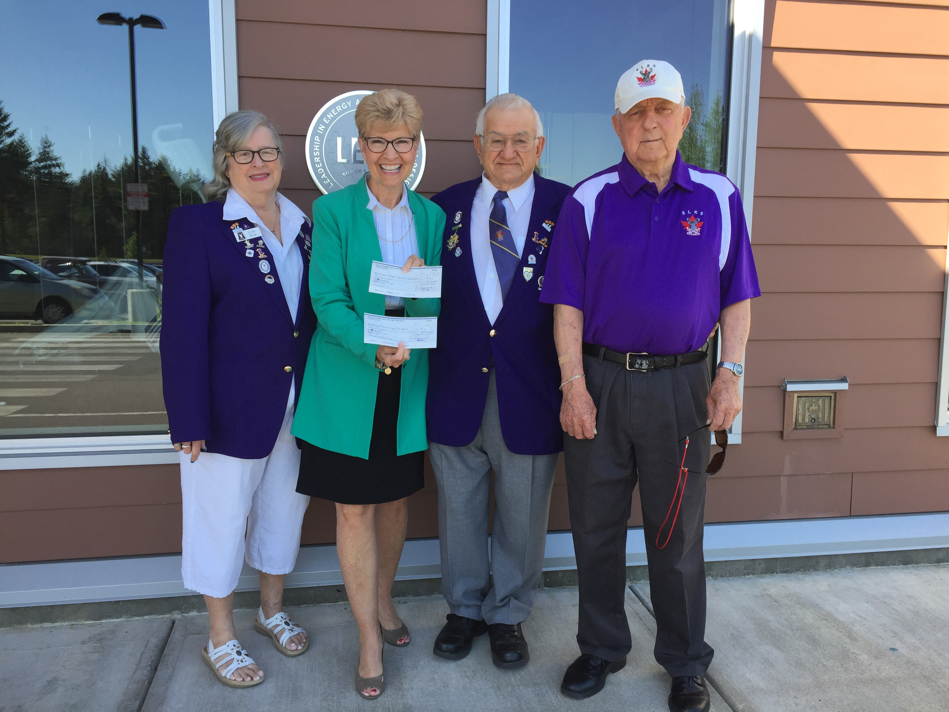 Parksville Qualicum Elks support Oceanside Health Centre and NRGH